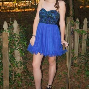 Homecoming Prom Party Strapless Embroidered Dress